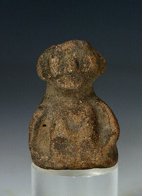 *SC* PRE-COLUMBIAN POTTERY FIGURE OF SITTING MAN, pre 15th cent. AD!
