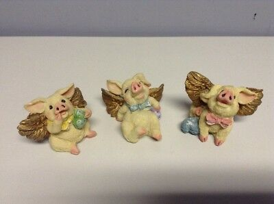 Lot of 3 Pigs With Wings Figures Small Cute Hearts