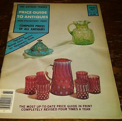 Price Guide to Antiques Trader Magazine SPRING 1977 FOCUS: OPALESCENT GLASS