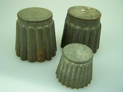 3 Vintage tin cake cookie trifle sweet biscuit molds moulds