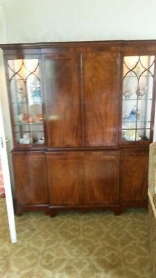 ANTIQUE STYLE BREAKFRONT DISPLAY CABINET on CUPBOARD