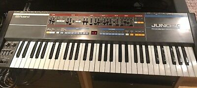 Roland Juno 106 Synthesiser. Fully working, incredible condition-original manual