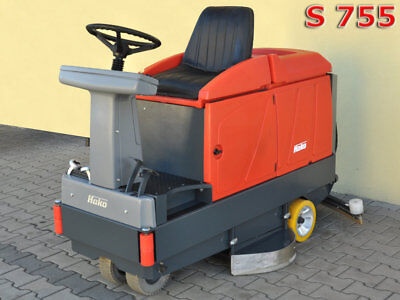 HAKO HAKOMATIC B 910 Scrubber Dryer  /  709 hours NEW BATTERY / 5800£ 0% TAX