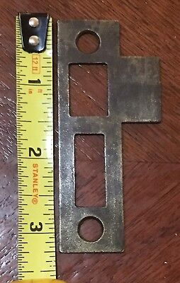 (1) One Antique Vtg Mortise Lock Striker Strike Plate Keep Keeper Part Lot MB