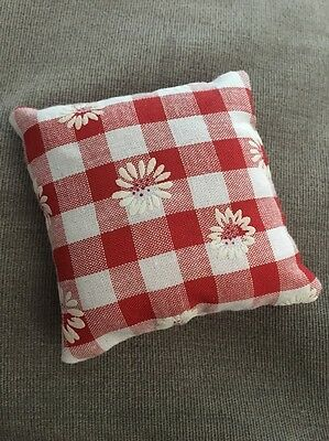 RTC Handmade square mini pillow cat toy with catnip gift pet Cotton Red