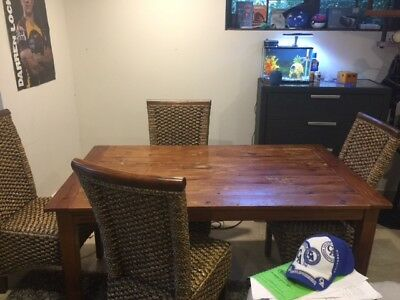 Small 6 seater dining table and 6 chairs
