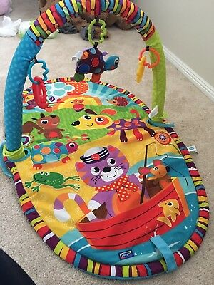 Baby Activity Gym Floor Mat With 3 Detachable Toys