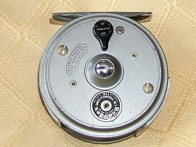 """Superb Youngs 'beaudex' 3""""  Fly Reel + Pouch"""