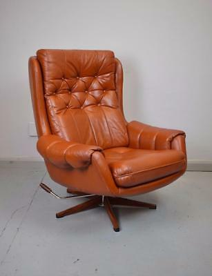 Mid Century Danish Retro Tan Leather Buttoned Swivel Reclining Armchair 1960s