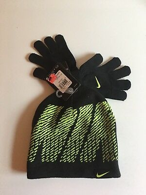 Nike 2piece Set Hat and Gloves Volt Yellow Youth Size 8/20 NWT