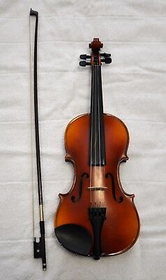 Violin - 3/4 in case with all accessories including spare strings