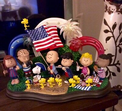 Danbury Mint Peanuts Yankee Doodle Dandy Lighted Sculpture Patriotic