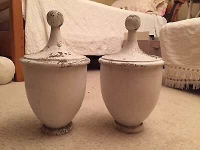 Vintage wood Finials (Set Of 2)