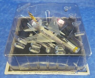 1/72 Altaya Avion Airplane  North American F-100D Super Sabre Usa