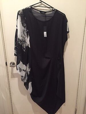 Decjuba Katrina dress Size L New With Tags