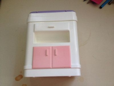 Mattel Genuine Barbie Accessory *Baby Table Happy Families Doctor Set* 2002