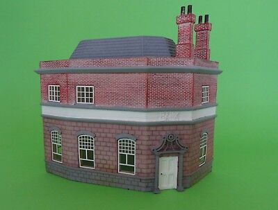 Hornby Skaledale R9719 National Merchant Bank , As New/Unboxed, Free post AUS