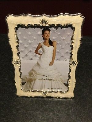 """Elegant Silver, Mother Of Pearl rect photo frame. 5"""" x 7"""" . New still in boxes"""