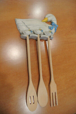 Home Interior Duck plaque with wooden spoons kitchen decor. EC