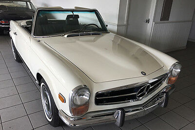 1970 Mercedes-Benz SL-Class 280SL 1970 Mercedes 280SL fully restored with a 4 speed manual transmission