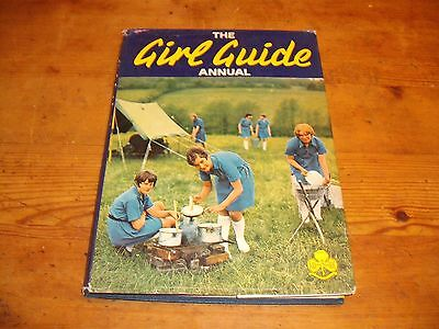Girl Guides' Annual 1969 (Publ. 1968) -      Guiding UK    Scout