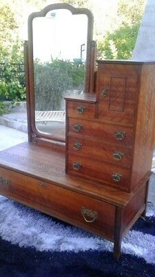Antique Gentleman S Dresser