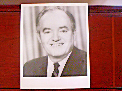 Signed Letter and 8 x 10 photo of Senator H.H.Humprey date 1964