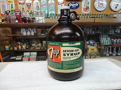 7-Up Amber Glass Paper Label Soda Fountain Syrup 1 Gallon Jug Cincinnati
