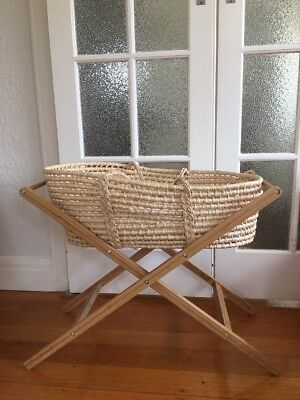 Moses Basket And Stand With Mattress And Skirt