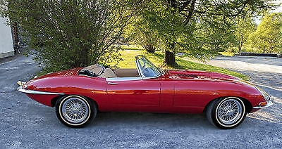 1965 Jaguar E-Type Biscuit leather eries 1 Roadster