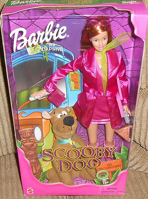 Daphne Scooby Doo Cartoon Network Barbie Doll Snacks TV NRFB 2001 Mystery Sleuth