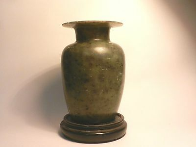 Fine Antique Chinese Carved Spinach Green Soapstone Or Serpentine Vase 18th C