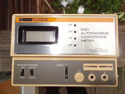 830 Auto-ranging Capacitance Meter BK Precision *tested working* with case