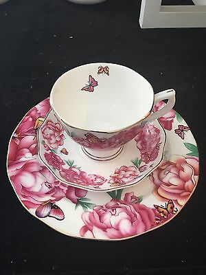 Miranda 3 Pieces tea set (Red): Tea Cup, Saucer, And Plate/LIMITED OFFER