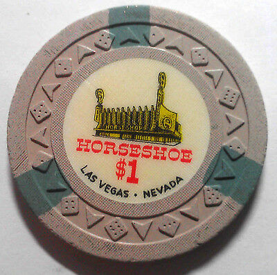 Binions Horseshoe Obsolete $1 White Green arrowdie casino chip