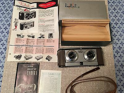 """David White Co. The Stereo Realist """"45"""" camera with box, instructions, strap"""