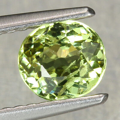 1.07CT. 6x5.5mm Natural Mali Garnet Grossular Oval Yellow Green / S0827