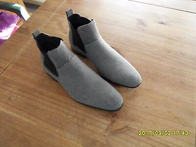 Bottines homme en daim gris clair pointure 44 neuves