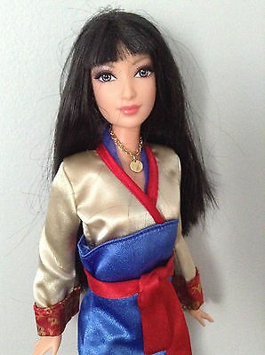 Shanghai Barbie Exclusive Doll Lea