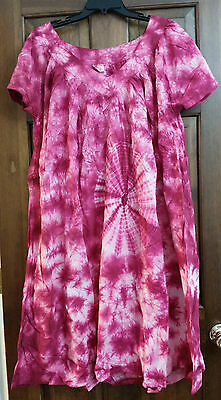 African Women Clothing Informal, Beach Dress Pink and White Size One Size