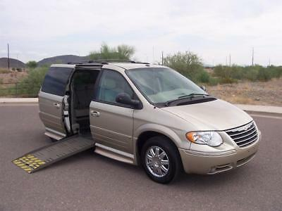2007 Chrysler Town & Country Limited 2007 Chrysler Town & Country Limited Wheelchair Handicap Mobility Van Best Buy