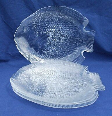 "FOUR (4) ""ARCOROC"" (France) fish shaped GLASS DINNER PLATES  Excellent condition"