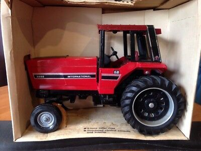 Ertl International 5088 Tractor With Cab 1:16 New