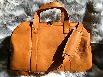 Genuine Cowhide Leather Tan Carry On Duffel Gym Bag & Shoulder Strap Size Medium