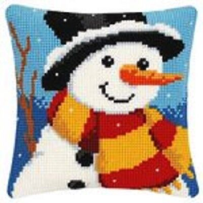 """Latch Hook Complete Cushion Cover Kit""""Snowman with Scarf""""43x43cm"""