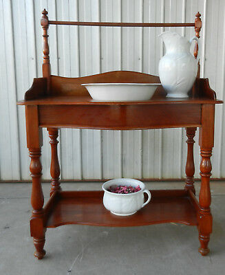 Vintage Cedar Washstand Water Pitcher Basin and Potty J & G Meakin Excellent