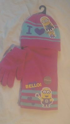 Girls minions hat, glove and scarf set BNWT Avail. Sizes 4-8 & 8-12 years Gift