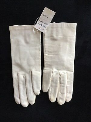Vintage NEW OFF White Leather Silk Lined Ladies Gloves Size 7 Lord & Taylor
