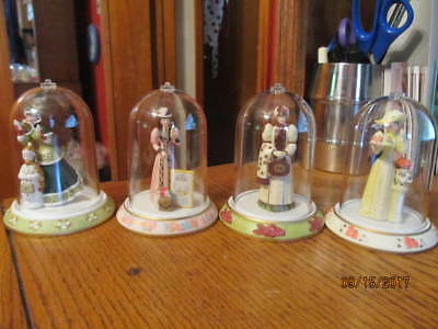 Mrs. PFE Albee Mini Figurines - set of 4 - Various Years - Excellent condition
