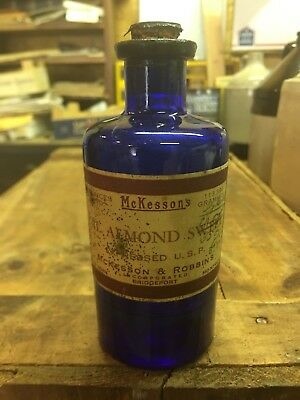 Cobalt Mckessons D&o Labeled Antique Pharmacy Apothecary Druggist Bottle